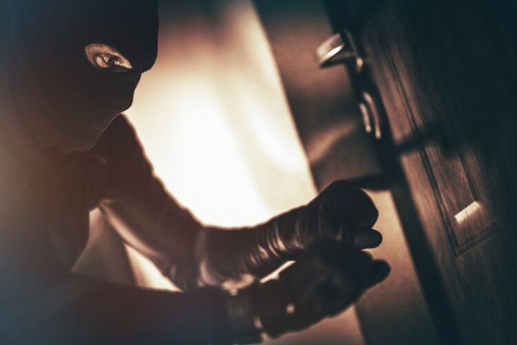Beskyt dit hjem mod indbrudstyve - Få låsesmed til at tjekke dine låsesystemer